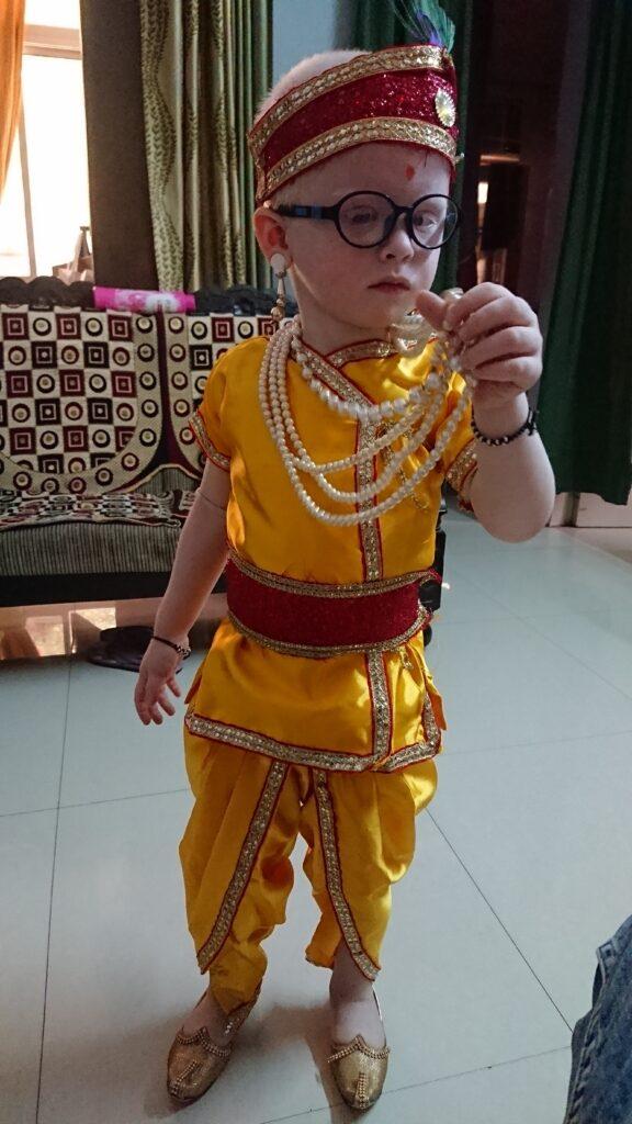 ambar gupta dressed as krishna 3